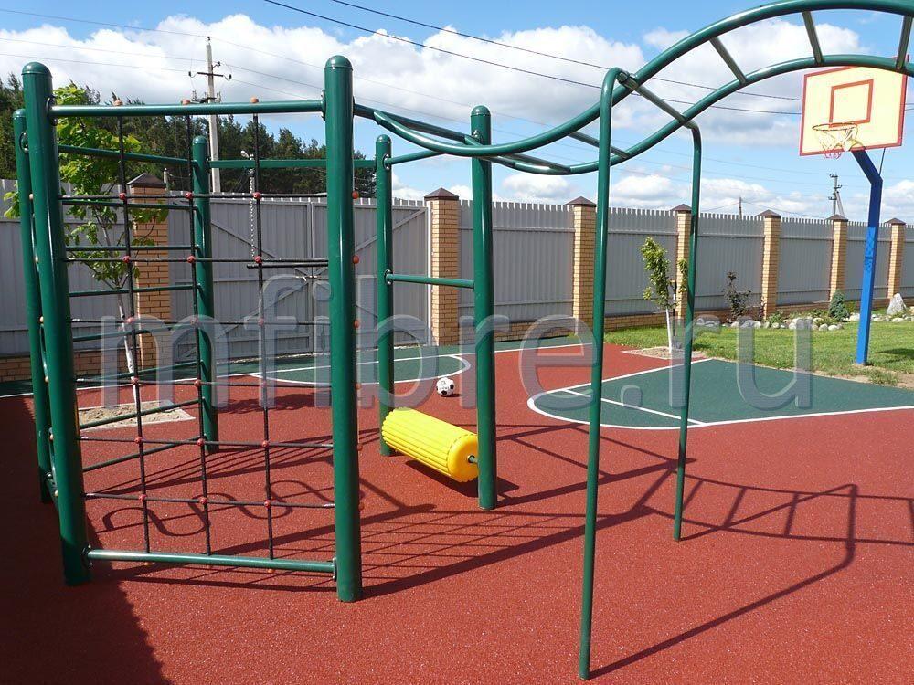 Оборудовать спортивную площадку